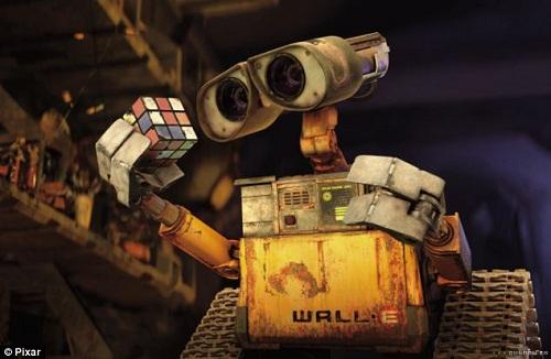 男子耗数年打造真实版机器人