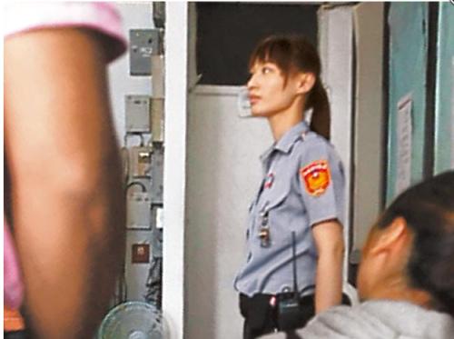 强奸虐待女警_台湾女警制止醉酒女子酒驾被殴 接受道歉不愿追究