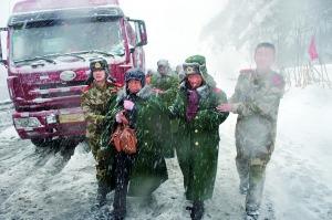 北京初冬第一场雪见闻:京藏高速路生死大营救