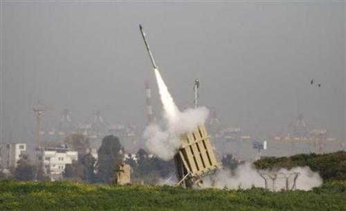 以色列铁穹反火箭系统发射拦截弹
