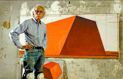 保加利亚裔美国艺术家克里斯托