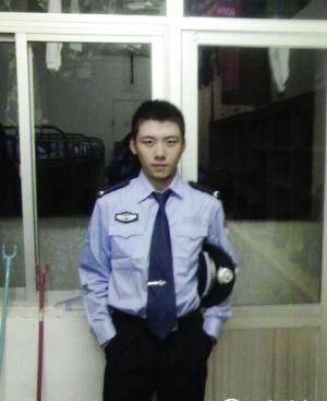 黄警察生前照片