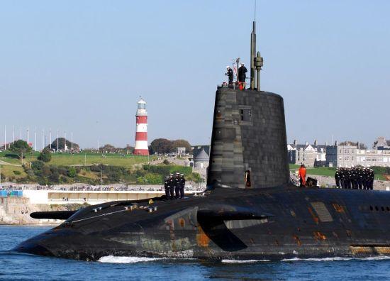 英国前卫级潜艇
