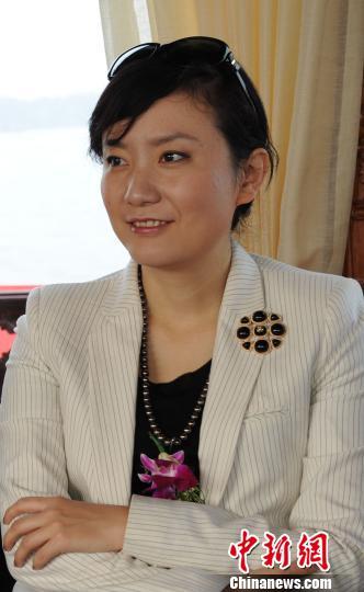 """香港著名记者秦枫:喜欢采访有""""个性""""的领导人"""